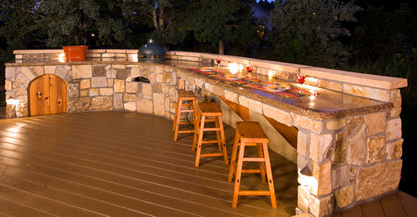 Eugene outdoor bar contractor